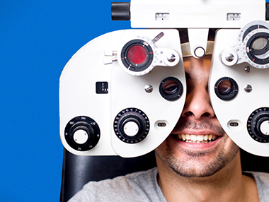 Optometrists, Ophthalmologists & Eye Exams – Oh My! A Guide to Caring for Your Eyes